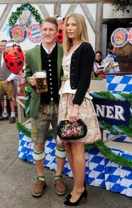 Schweinsteiger e signora Fonte: 9gag