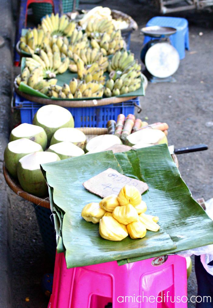 mercato-thailandeseMODIFICATO