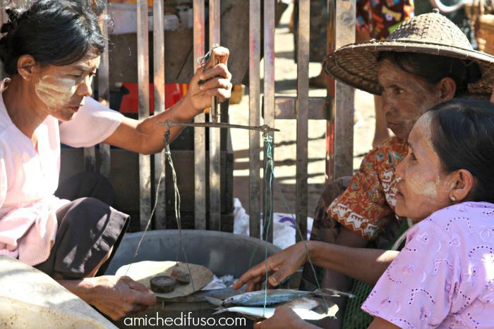 peso-del-pesce-in-myanmarCOMPUTER