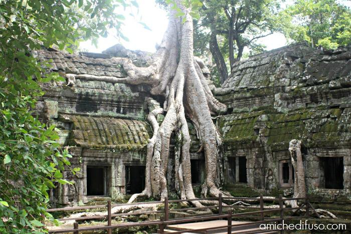 tempio-ad-angkor-watMODIFICATA