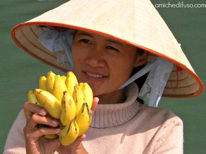 venditrice-di-frutta-in-vietnamMODIFICATO